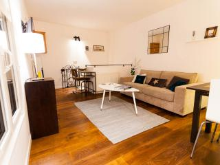 Exclusive area in Marais, quiet and comfortable - Paris vacation rentals