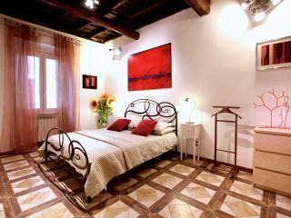 Family-Friendly Apartment in Rome near the Historic Center - Campo dei Fiori - Servio Tullio - Castel Gandolfo vacation rentals
