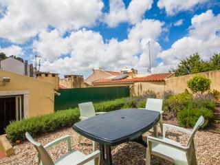 Apt with Terrace and small garden near Castelo - Lisbon vacation rentals