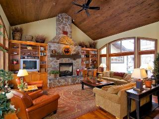 Cathie and Allan Chartrand - Big White vacation rentals