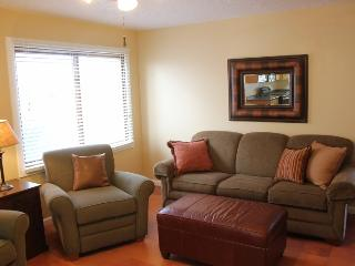 Clean & Cozy - 2 Bedroom Condo in Sports Village - Saint George vacation rentals