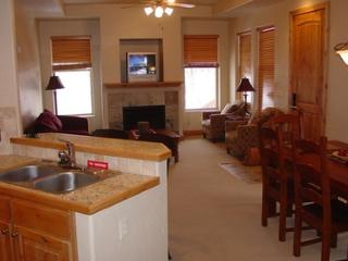 Fox Pointe 2-bedroom - Sandy vacation rentals