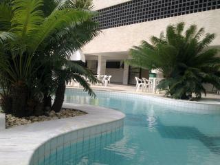 Ondina - Flat in Carnaval circuit. Excelent! - Salvador vacation rentals