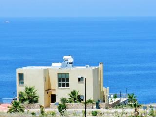 SUNSET VILLA  a private Villa with secluded pool, Outstanding Sea views & WiFi - Ayios Amvrosios vacation rentals