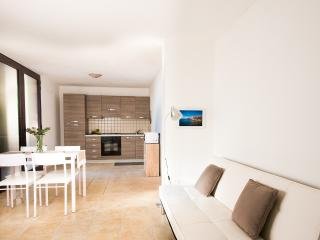 Villa del Porto - Garden view apartment - Portoscuso vacation rentals