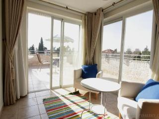 German Colony - Mini Penthouse (2BR + terrace) - Jerusalem vacation rentals