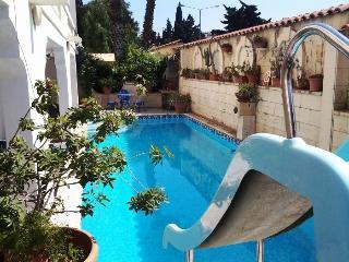 Villa Foca in St Julian's near Paceville Sleep 12 - Saint Julian's vacation rentals