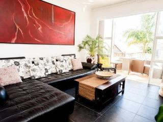 Beach Front Stay Bali style - Bondi vacation rentals