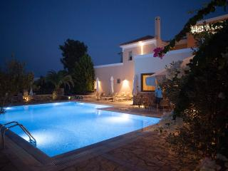 Harmony Apartments Maisonette KALYPSO - 2-5 pers. - Peloponnese vacation rentals