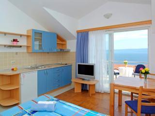AdriaBol Vespera 15 - Bol vacation rentals