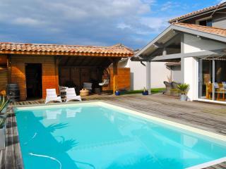 Jolie villa proche HOSSEGOR avec piscine chauffée - Tosse vacation rentals