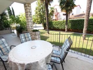 MAGNOLIA One-Bedroom Apartment - Rovinj vacation rentals