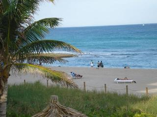 Boca Condo on The Water - Boca Raton vacation rentals