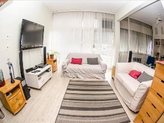 AMAZING 2Bdr PENTHOUSE IPANEMA V044 - Rio de Janeiro vacation rentals