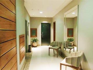 WONDROUS 3bdr APARTMENT COPACABANA R020 - Rio de Janeiro vacation rentals