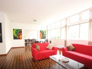 AMAZING 5Bdr APARTMENT COPACABANA V051 - Rio de Janeiro vacation rentals