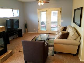 Old Town Condo With Garage Close to Giants Stadium - Scottsdale vacation rentals