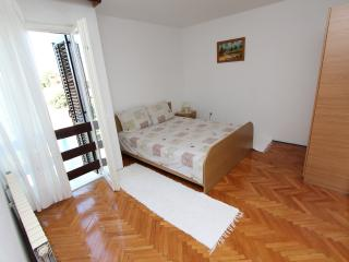 TARA Two-Bedroom Apartment 3 - Rovinj vacation rentals