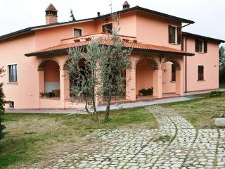 Villa Le 3 Rose your family cottage in Tuscany - Laterina vacation rentals