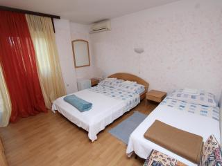 SUBIAK Double Room with External Bathroom 6 - Rovinj vacation rentals