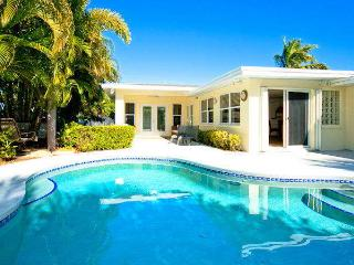 Gorgeous House with Internet Access and A/C - Holmes Beach vacation rentals