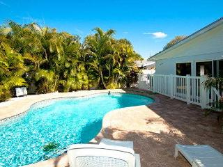 Beautiful Villa with Internet Access and A/C - Holmes Beach vacation rentals