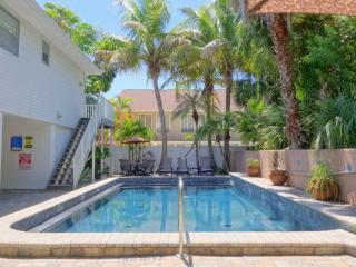 SEABREEZE D - Holmes Beach vacation rentals
