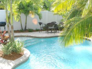 Pool 1 - FIG LEAF - Holmes Beach - rentals