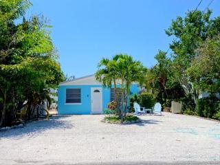 GLADIOLUS GETAWAY - Holmes Beach vacation rentals