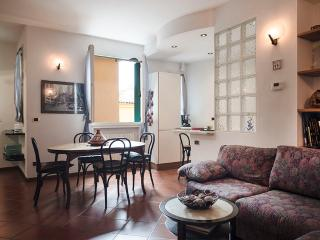 Nice Condo with Internet Access and A/C - Bologna vacation rentals