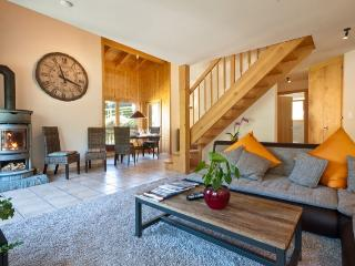 Bright 4 bedroom Le Chable Condo with Internet Access - Le Chable vacation rentals