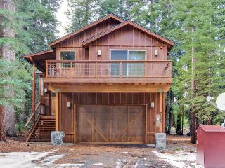 Deluxe West Shore home w/beautiful deck - half-mile to beach & 10 min. to skiing - Tahoma vacation rentals