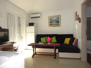 Apartment ALLE near the sea - Kastel Sucurac vacation rentals
