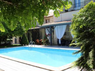 5 bedroom B&B with Internet Access in Montussan - Montussan vacation rentals
