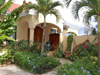 Surrounded by beautiful gardens - Coral Bay vacation rentals