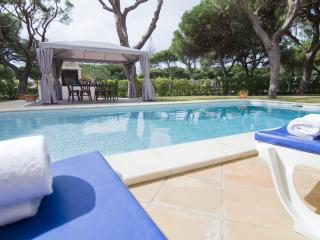 Villa Fairway - 7 bedroom villa in Vilamoura - Vilamoura vacation rentals