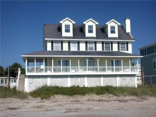 "212 Palmetto Blvd - "" Margaritaville"" - Edisto Beach vacation rentals"