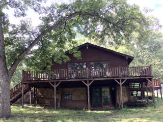 Perfect Cabin with Deck and Internet Access - Dougherty vacation rentals