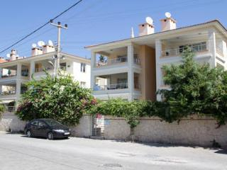 Wonderful 3 bedroom Cesme Condo with Internet Access - Cesme vacation rentals