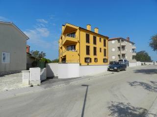 Villa Suncokret - A2 - Premantura vacation rentals