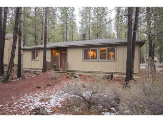 Cozy Sunriver House rental with Deck - Sunriver vacation rentals