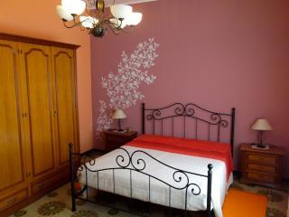 casa vacanze - Zafferana Etnea vacation rentals