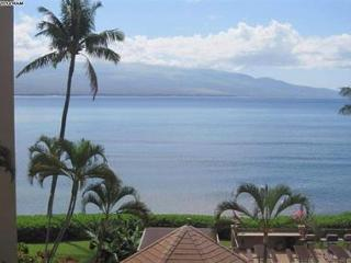 Island Sands 402 ~ Spectacular 2 Bedroom 2 Bath Oceanfront Condo! - Maalaea vacation rentals