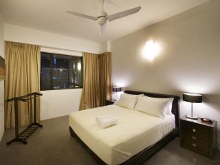 Relaxing 4-bedroom apartment in city centre - Kuala Lumpur vacation rentals