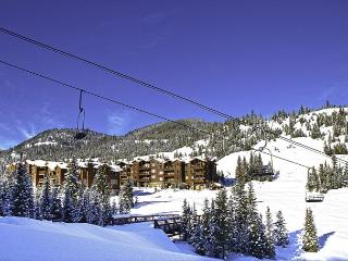 4 Bedroom Ski-In Ski-Out Condo Right at Base of Lone Moose Chairlift - Big Sky vacation rentals