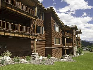 Great Value 2 Bedroom Ski-In Ski-Out Condo: FREE Night & FREE Lift Tickets - Big Sky vacation rentals