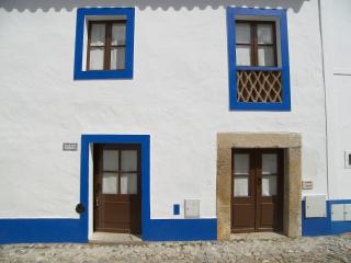 Sunny House with Internet Access and Central Heating - Brotas vacation rentals