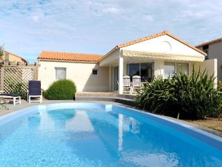 Vendee Villa Acacia  6P private heatable pool - Les Sables-d'Olonne vacation rentals