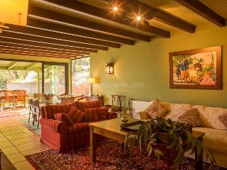 Beautiful House with A/C and Satellite Or Cable TV - Utiaca vacation rentals
