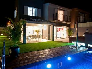 4 bedroom House with Internet Access in Costa Meloneras - Costa Meloneras vacation rentals